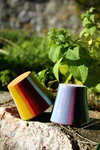 idées d'artisanat utilisant des pots de fleurs en plastique