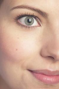 La faiblesse des symptômes musculaires des yeux