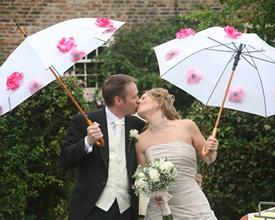 Comment décorer un parapluie pour un mariage