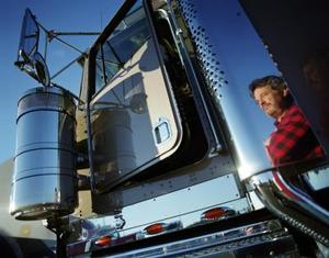 Comment monter dans une cabine de camion