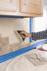 Comment faire pour installer Tumbled Stone Tile Dosseret