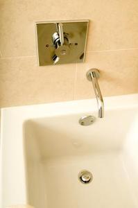 Comment remplacer un drain Baignoire printemps