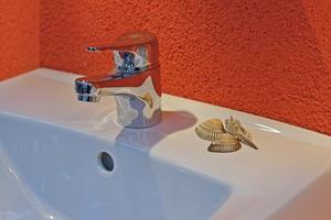 Comment remplacer un robinet de cuisine moen 7400 - Comment remplacer un robinet ...