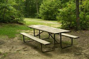 Comment construire une table de salle à manger extérieure
