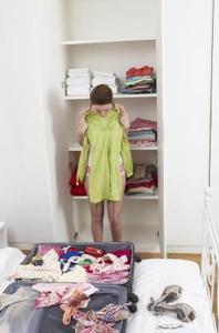 Idées économiseur d'espace pour les armoires de chambre à coucher