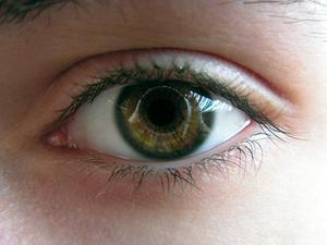 Comment faire une solution de lavage oculaire