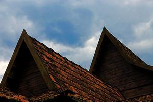 Comment enlever les tuiles de toit Asbestos